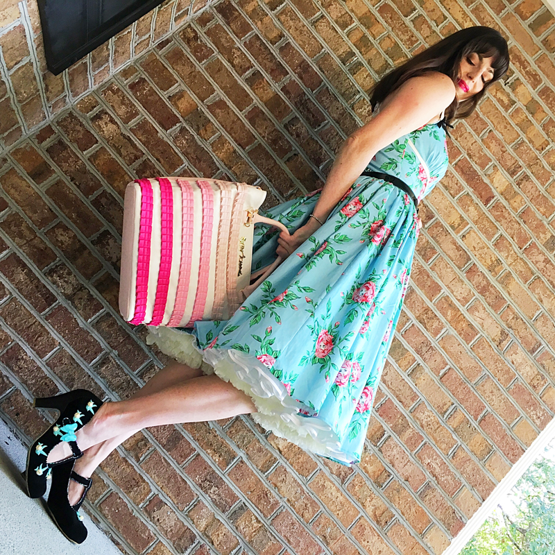 {Review} Budding Beauties Alice Dress - The Dressed Aesthetic