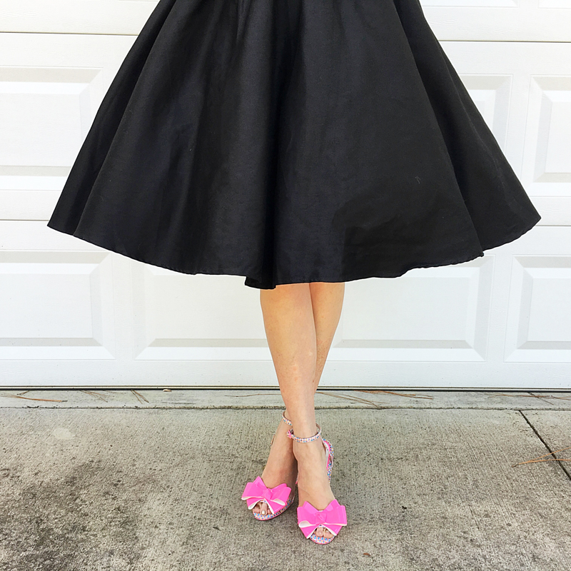 {Review} : Take Me to the Moon : The Luna Swing Dress - The Dressed Aesthetic